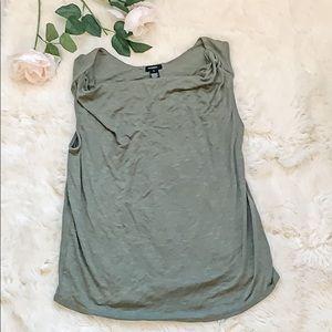 Halogen green sleeveless top size M